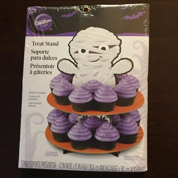 Wilton Other - Wilton Mummy Treat Cupcake Stand NWT